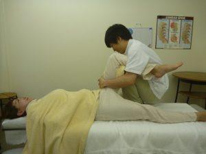 股関節の痛み豊洲