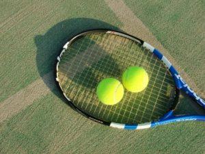 膝の痛み豊洲テニス