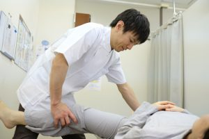 股関節痛豊洲カイロ